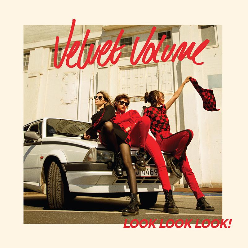 Velvet Volume med Look look look på LP